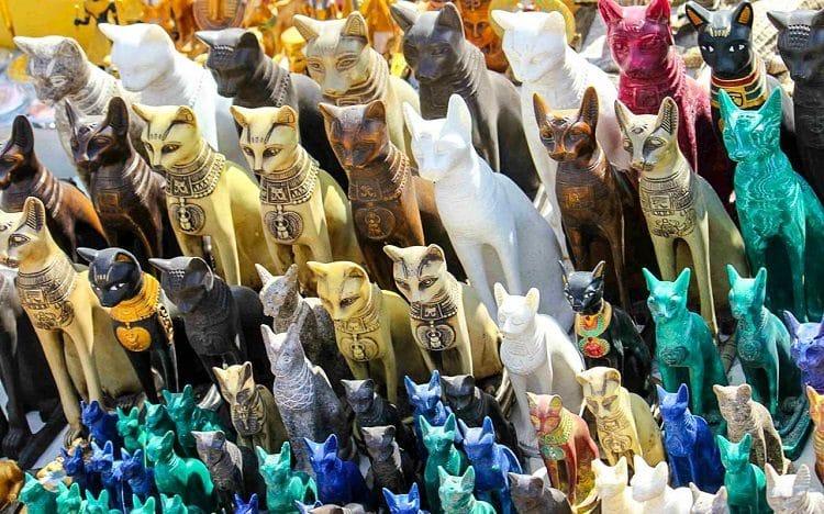 Статуэтка кошки из Египта