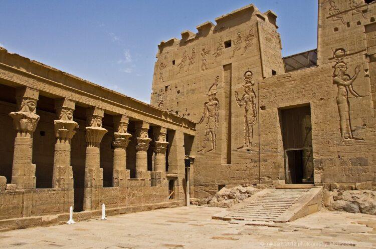 Храмовый комплекс в Филах