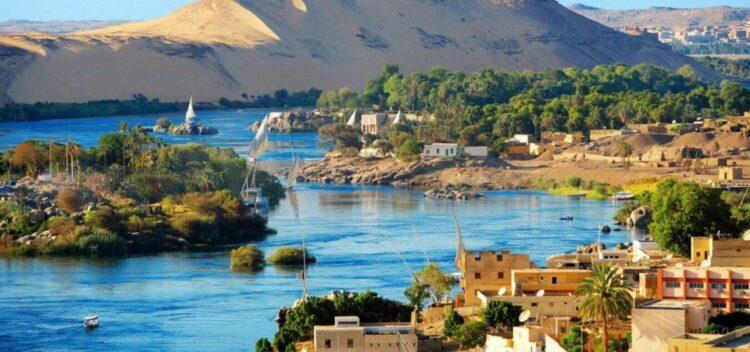Великая река Нил в Египте